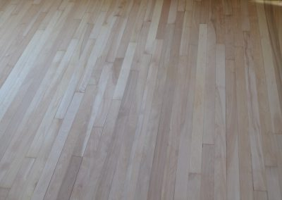 Pose de plancher en bois 3